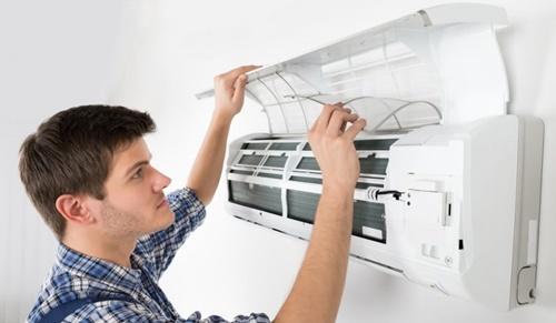 Servicii instalare aer conditionat preturi